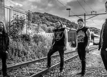 Angry Again band foto neon trash metal